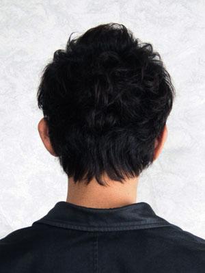 髪の毛 男 後ろ髪