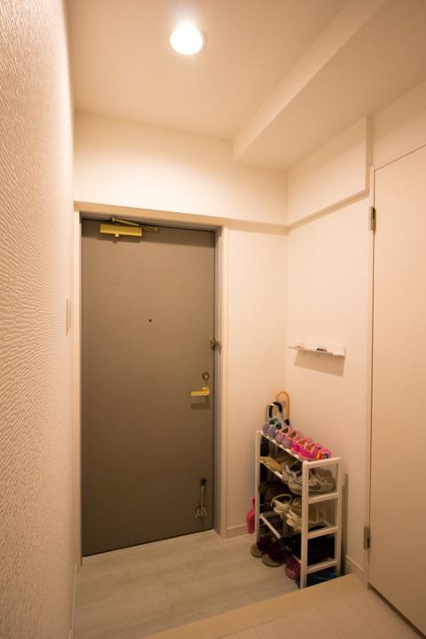 玄関リフォームアフター写真2