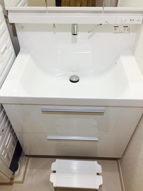 洗面所リフォーム実例 引き戸