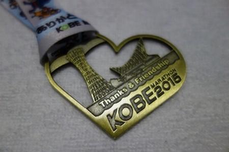 10_神戸マラソン完走メダル