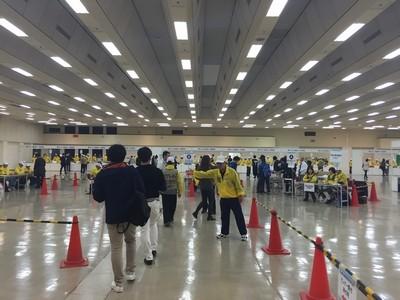 神戸マラソン選手受付02