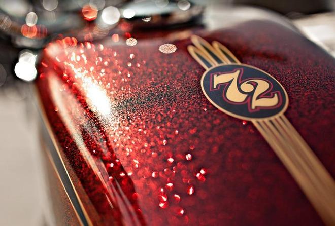 Harley-Davidson_XL1200V_Sportster_Seventy-Two_(2012)_Tank_Detail