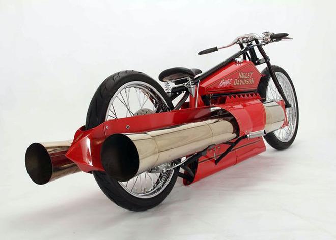 Twin-Jet-Engine-Harley-Davidson_2