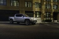 3983e127-rivian-unveils-r1t-electric-truck-5