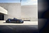 493152c2-2020-porsche-911-convertible-2