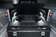 aceb6417-rivian-unveils-r1t-electric-truck-18