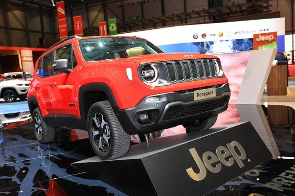 33e809a6-2019-jeep-renegade-compass-phev-geneva-show-17
