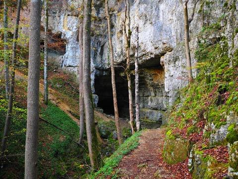falkensteiner-cave-767555_1920