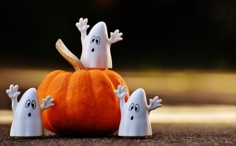 halloween-1743239_1920