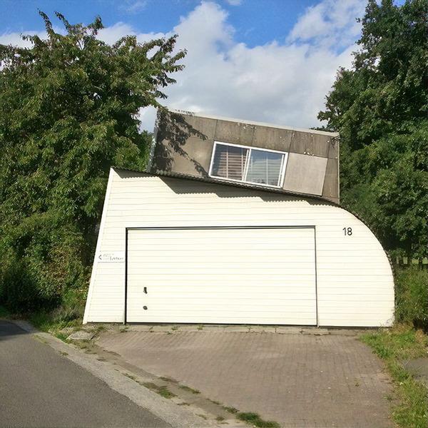 ugly-belgian-houses-63-5cab0aaa83bbc__700