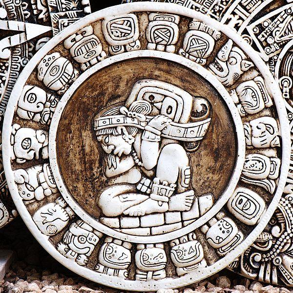 600px-Mayan_Zodiac_Circle