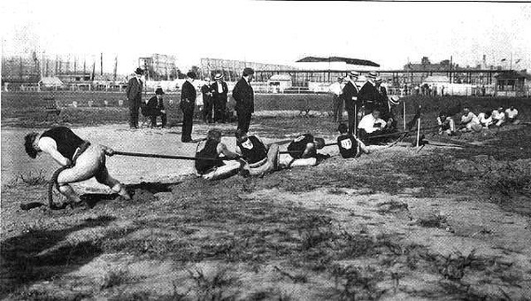 tug-of-war-competition-in-1904-summer-olympics-640x363