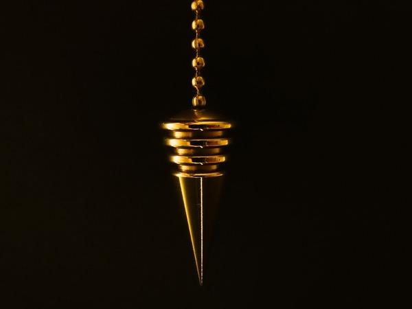 pendulum-626623_1920