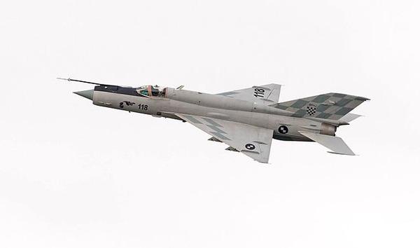 640px-MiG-21BisD_2014