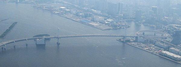 800px-Rainbow_Bridge,_Tokyo_Japan