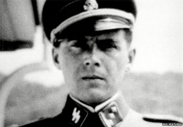 Josef_Mengele_durante_el_regimen_Nazi
