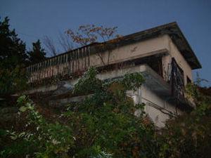 幽霊屋敷-
