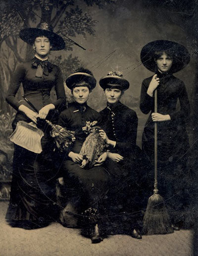 Real-witch-photo-vintage-3