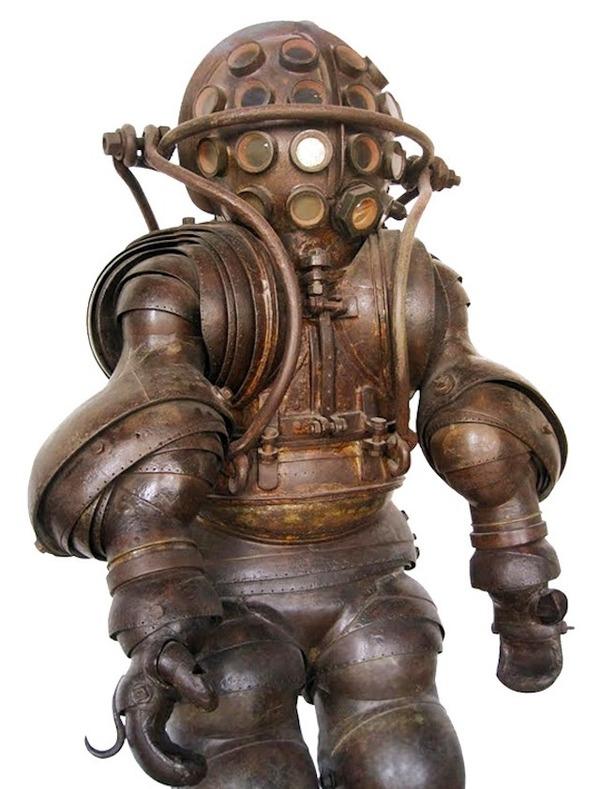 昔の深海潜水服のキモさは異常(画像あり)