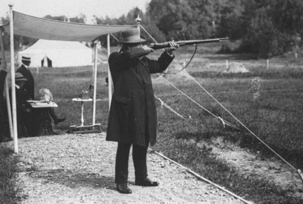 live-pigeon-shooting-1900