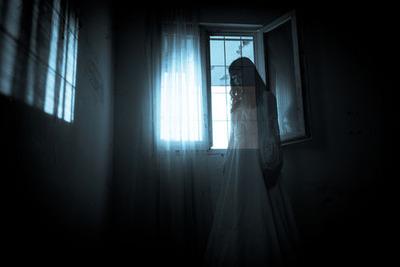 同窓会に行ったらクラスの半分が死んでた・・・ 他『ビリビリおばさん』『平行世界からの電話』