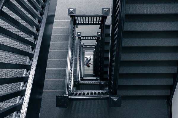 staircase-828601_960_720