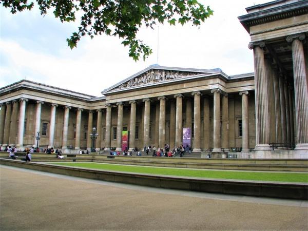 【悲報】大英博物館が所持している展示物が凄すぎるwwwwwwww