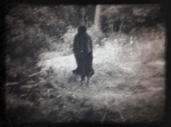 Creepy-Dering-Woods-shadow-figure-photo
