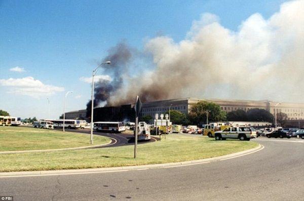 【画像】9.11テロ直後のペンタゴンの写真がやっと公開される(陰謀論も根強く残っている模様)