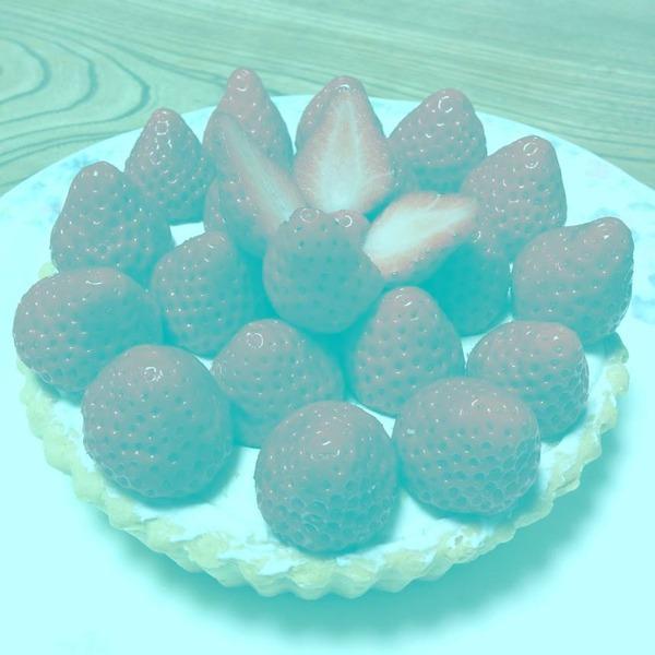 日本の学者が作成した「赤色は含まれていないのに赤く見える画像」がSNSで話題に