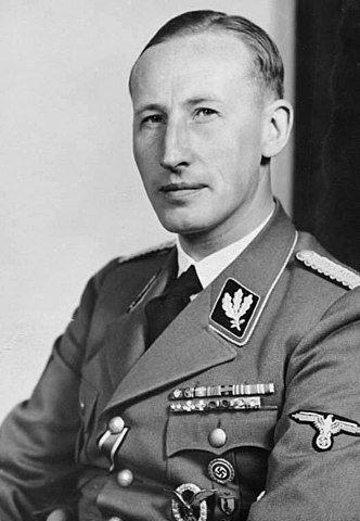 332px-Bundesarchiv_Bild_146-1969-054-16,_Reinhard_Heydrich