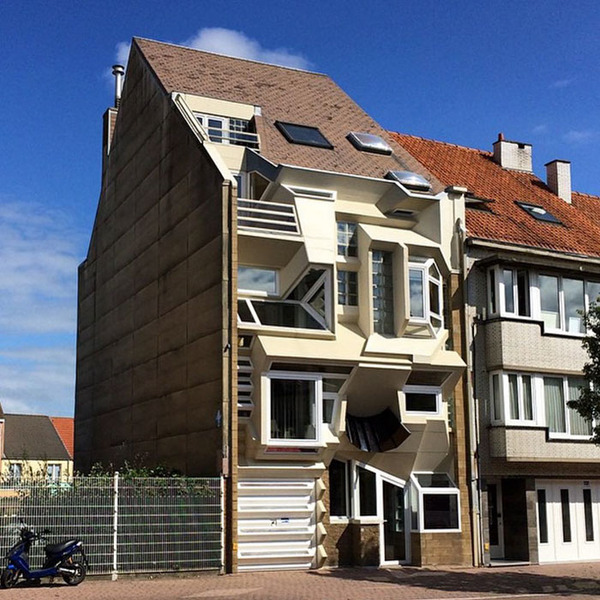 ugly-belgian-houses-4-5cab0a0a7f505__700