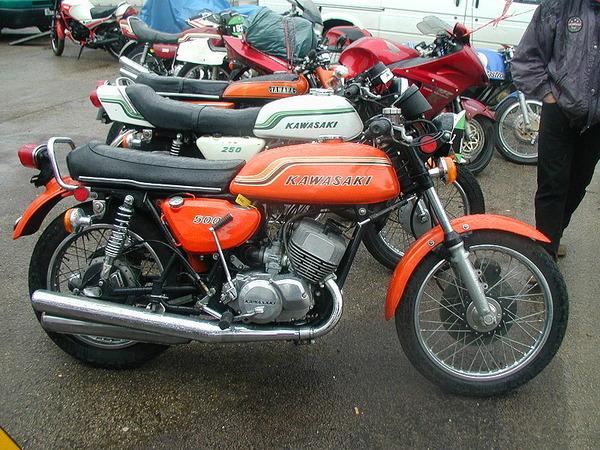 800px-Kawasaki_500