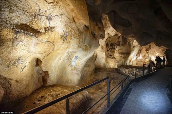 ショーヴェ洞窟の画像 p1_30
