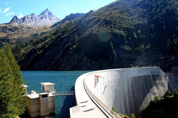 Luzzone-Dam