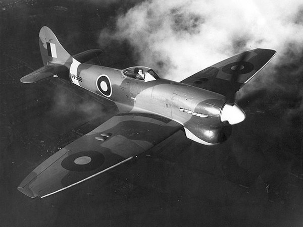 640px-Hawker_Tempest_Mk_V_prototype_ExCC