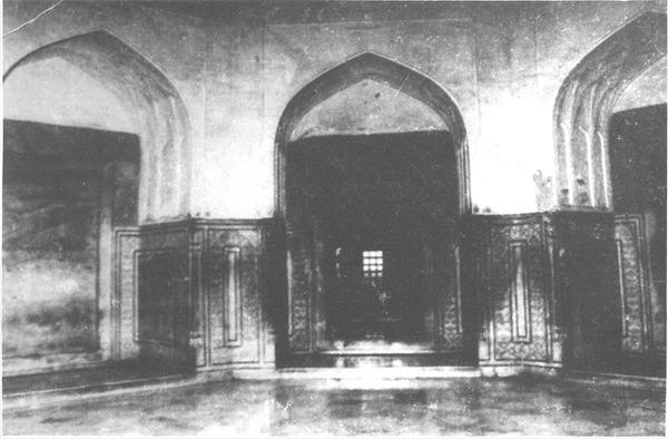 Tag-Mahal-Mysterious-Locked-Doors
