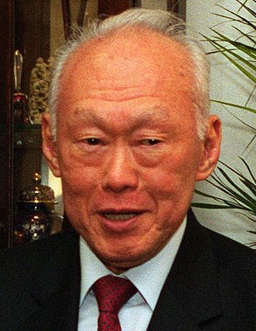 371px-Lee_Kuan_Yew_cropped