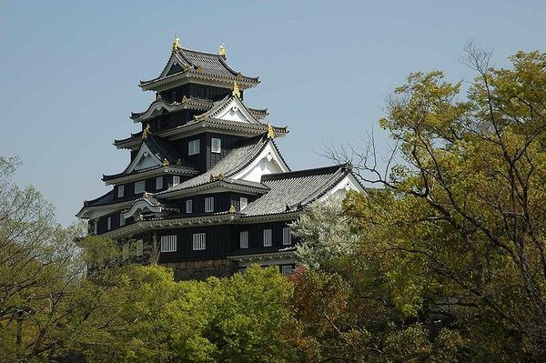 800px-Okayama_Castle_02
