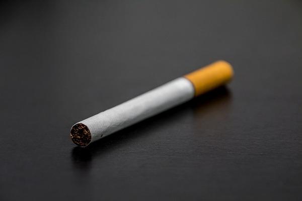 cigarette-1699513_640