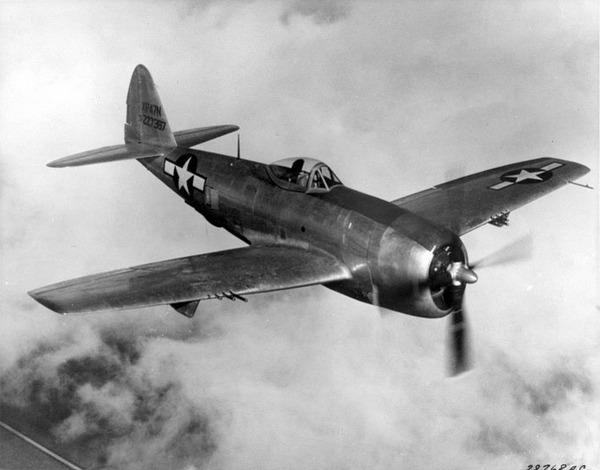 764px-Republic_P-47N_Thunderbolt_in_flight