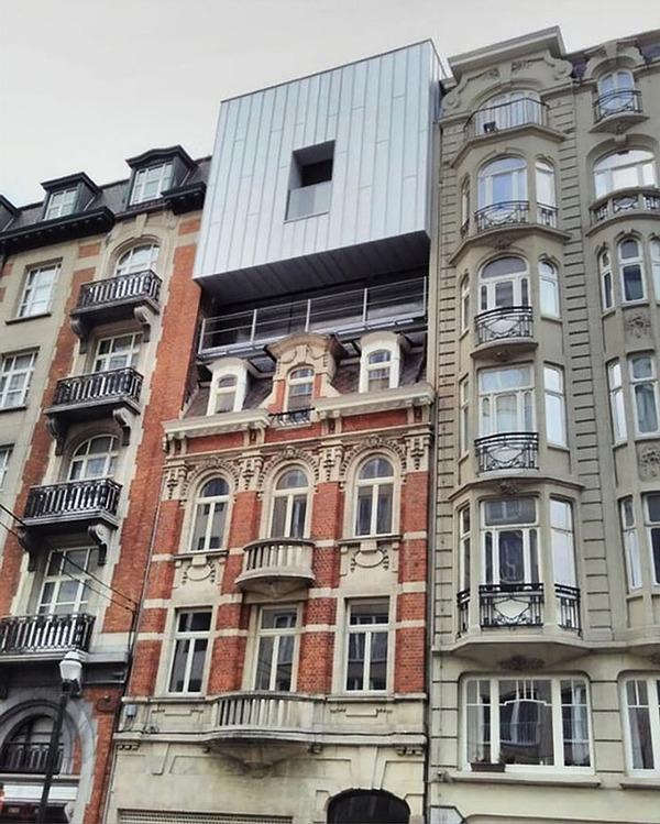 ugly-belgian-houses-2-5cab0a05b77e7__700