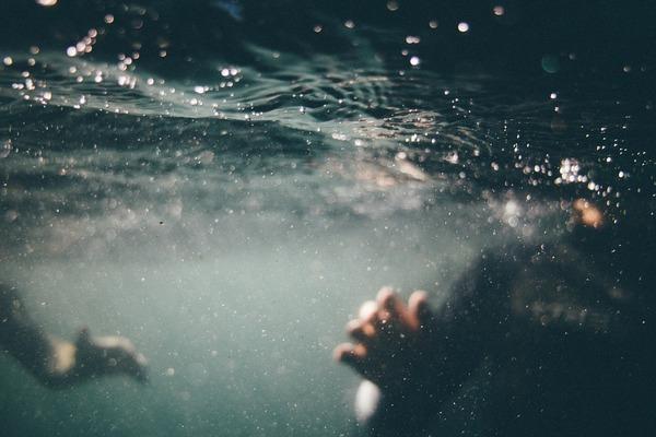 underwater-1150045_960_720