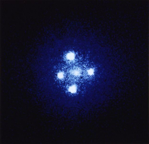 光が曲がる「重力マイクロレンズ」 太陽以外の星で初観測 研究