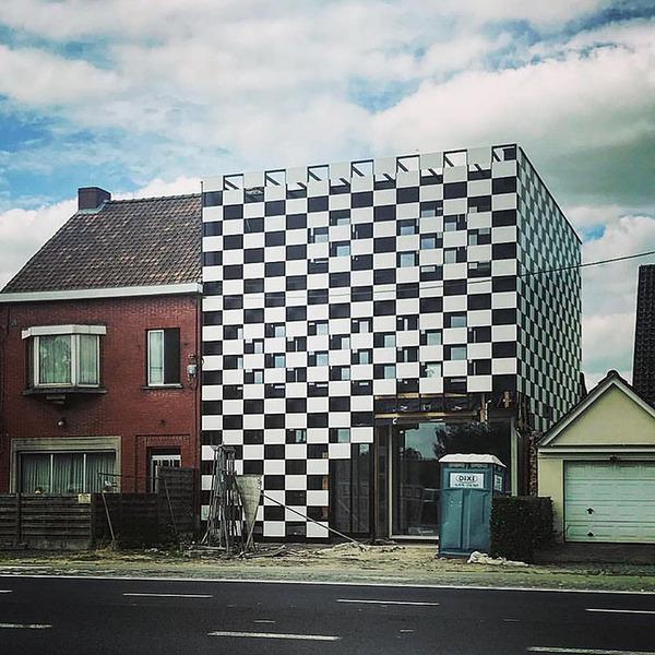 ugly-belgian-houses-33-5cab0a58803e5__700