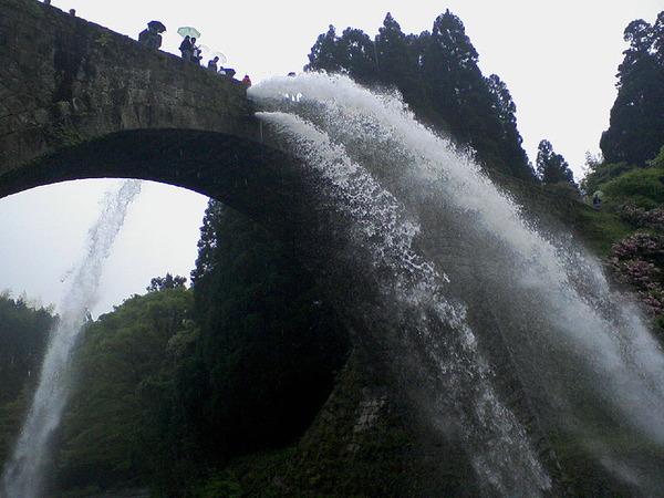 800px-Tsujyunkyo-housui