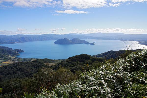 1599px-130922_Lake_Toya_Toyako_Hokkaido_Japan03s3
