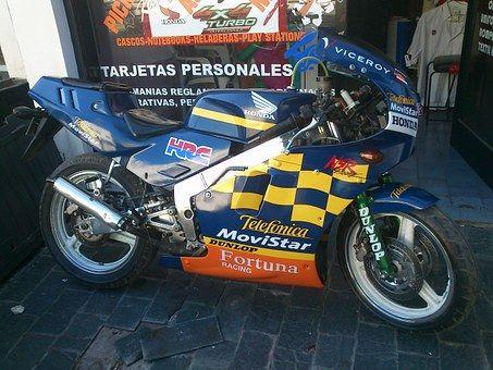 moto-242103__340