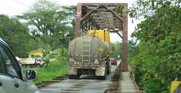 Quepos Bridge0