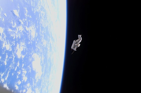 800px-SuitSat_after_release